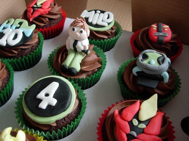 Ben 10 cupcakes for ali! <3