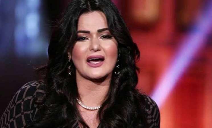 انهيار سما المصري في جلسة محاكمتها بتهمة سب وقذف ريهام سعيد للمزيد اخل على الموقع