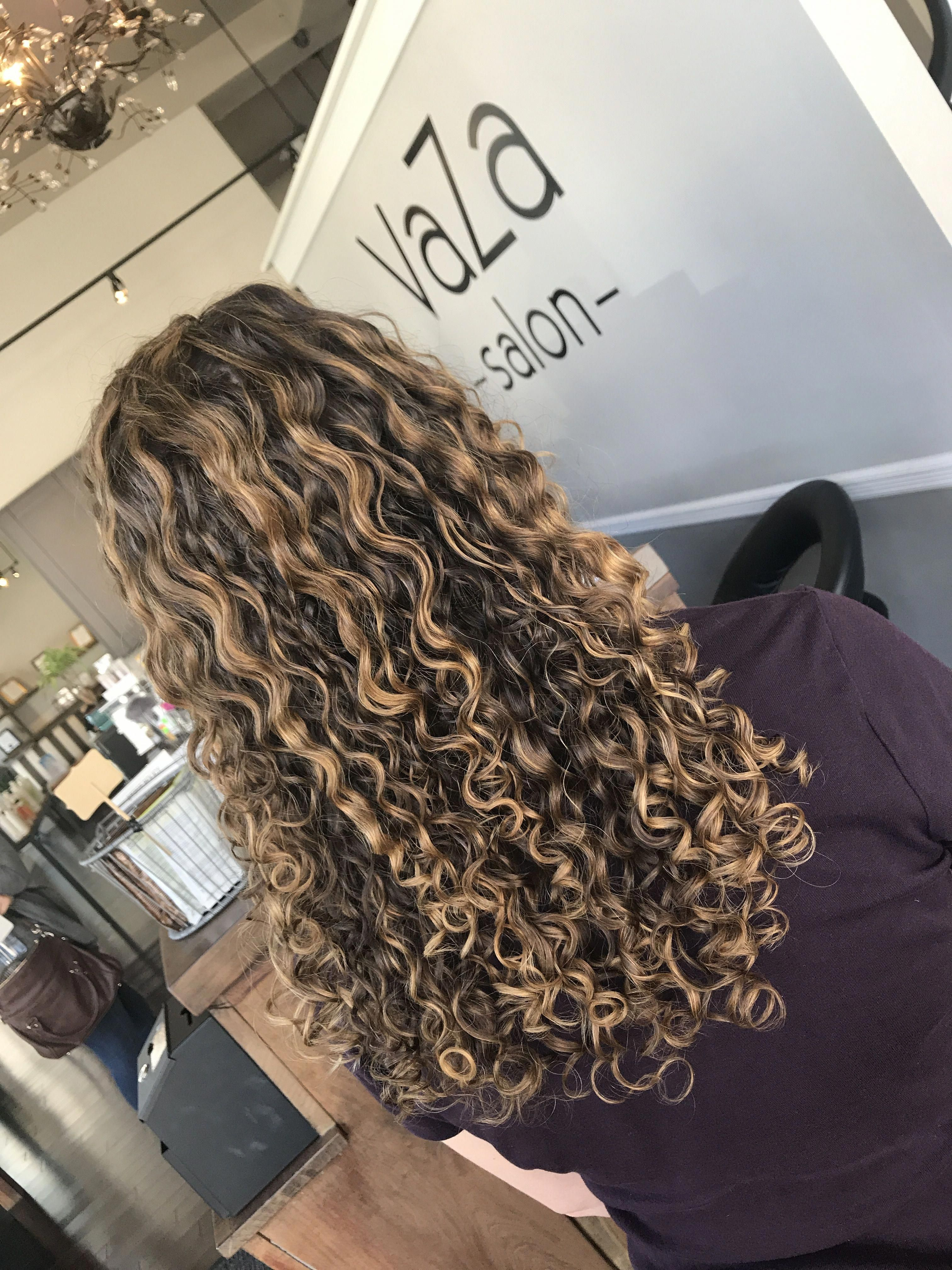 Ombrecurlyhair Curly Hair Styles Colored Curly Hair Dyed Curly Hair