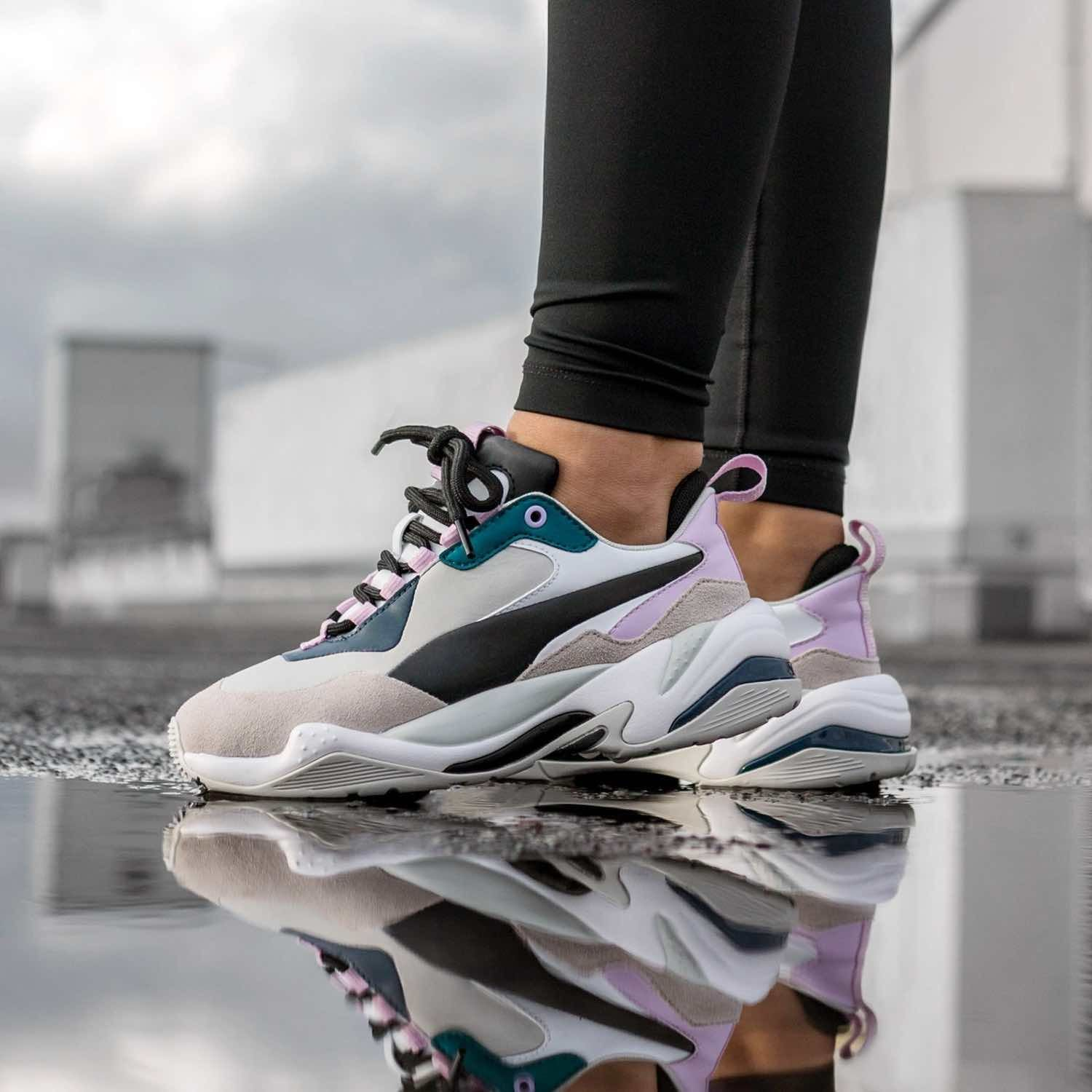 ingresos Chirrido Oh querido  insidesneakers • Puma Thunder Rive Droite Grey / Pink • 369452-01 |  Sneakers, Womens sneakers, Shoes