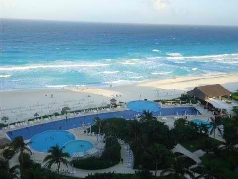 Cancun - live aqua memories!