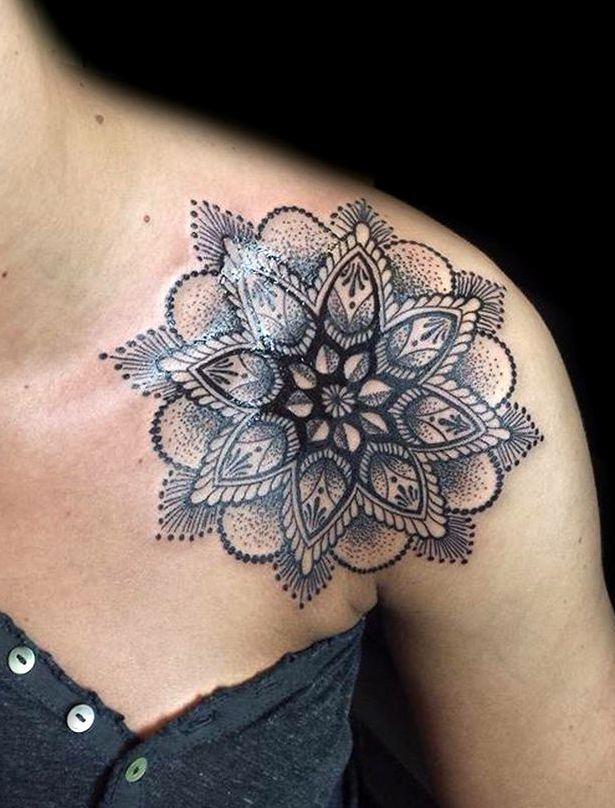 Mandala Tatuaż Na Obojczyku Tattoos Tatuaż Tatuaż Z