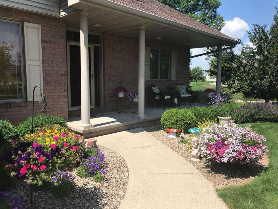 Check out this 4 bed 3 bath 3 car garage in