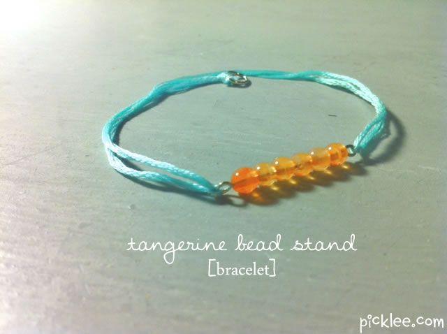 http://www.picklee.com/2012/10/15/tangerine-bead-strand-bracelet-diy/