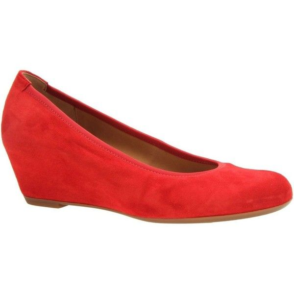 Gabor Closed Court Shoe