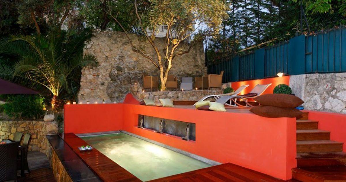 piscine 10m2 piscine enterr e 10m2 photo vu sur guide. Black Bedroom Furniture Sets. Home Design Ideas