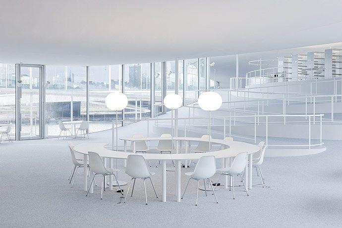 rolex learning center sanaa s r nit atmosph re et bureau. Black Bedroom Furniture Sets. Home Design Ideas
