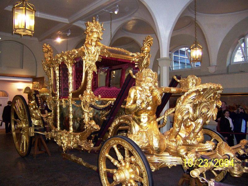 Royal Coronation Carriage England Royal Oppulence