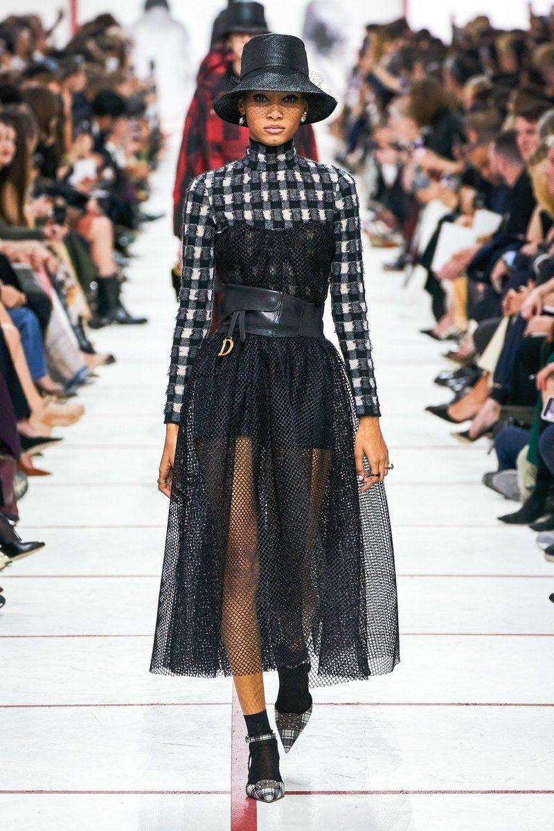 Christian Dior Prêt à Porter Automne Hiver 2019 2020 Défilé Vogue Paris Mode Christian Dior Defile Mode