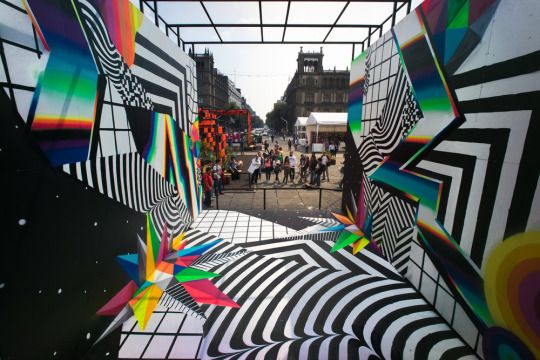 The glitched-out large-scale murals of Felipe Pantone