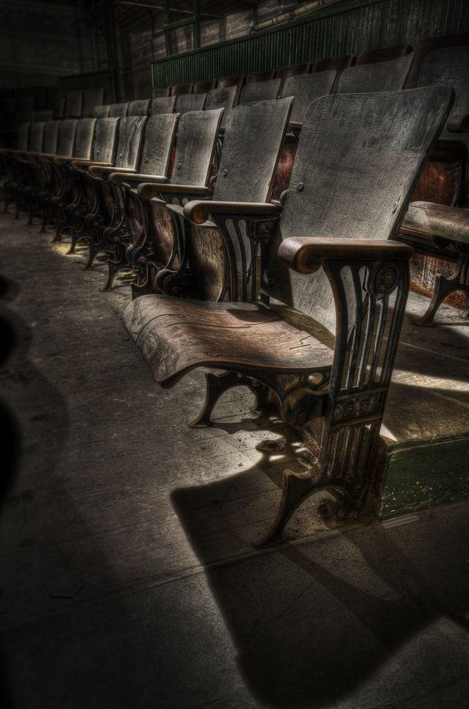 The Haunting New Bedford Orphuem Bilder Zum Phantasieren