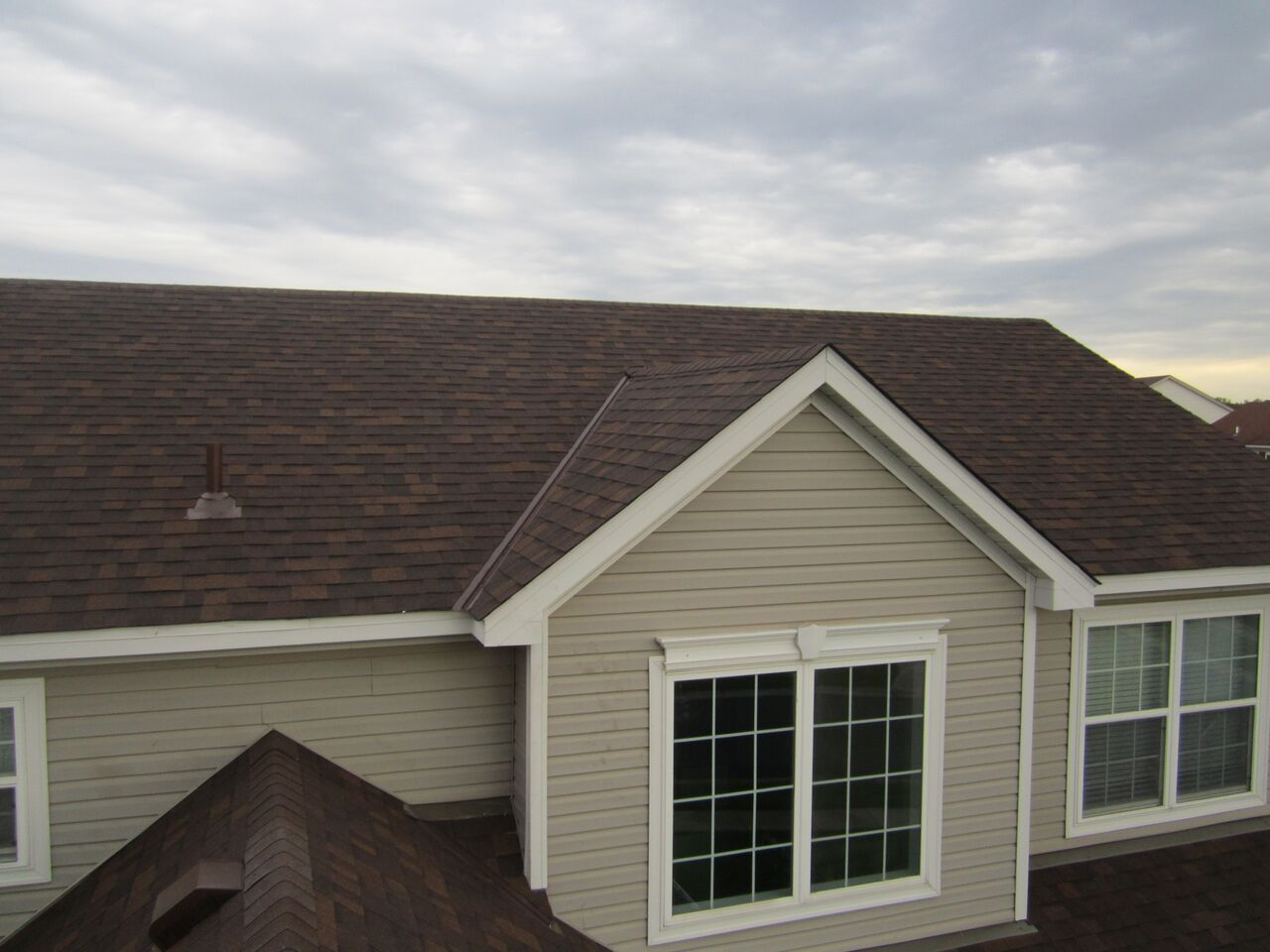 Asphalt Shingle Roofing Windows Gutters Siding Nmc Installation Repair Inspection Roof Repair Roofing Roofing Options