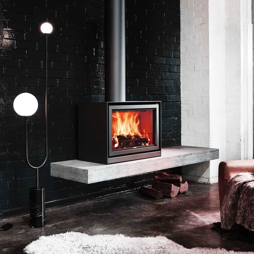 Oblica Fireplaces On Instagram The Stuv 16 The Perfect No Fuss Fireplace Efficient Technology And Sharp Design Avail Wood Heater Modern Fireplace Fireplace