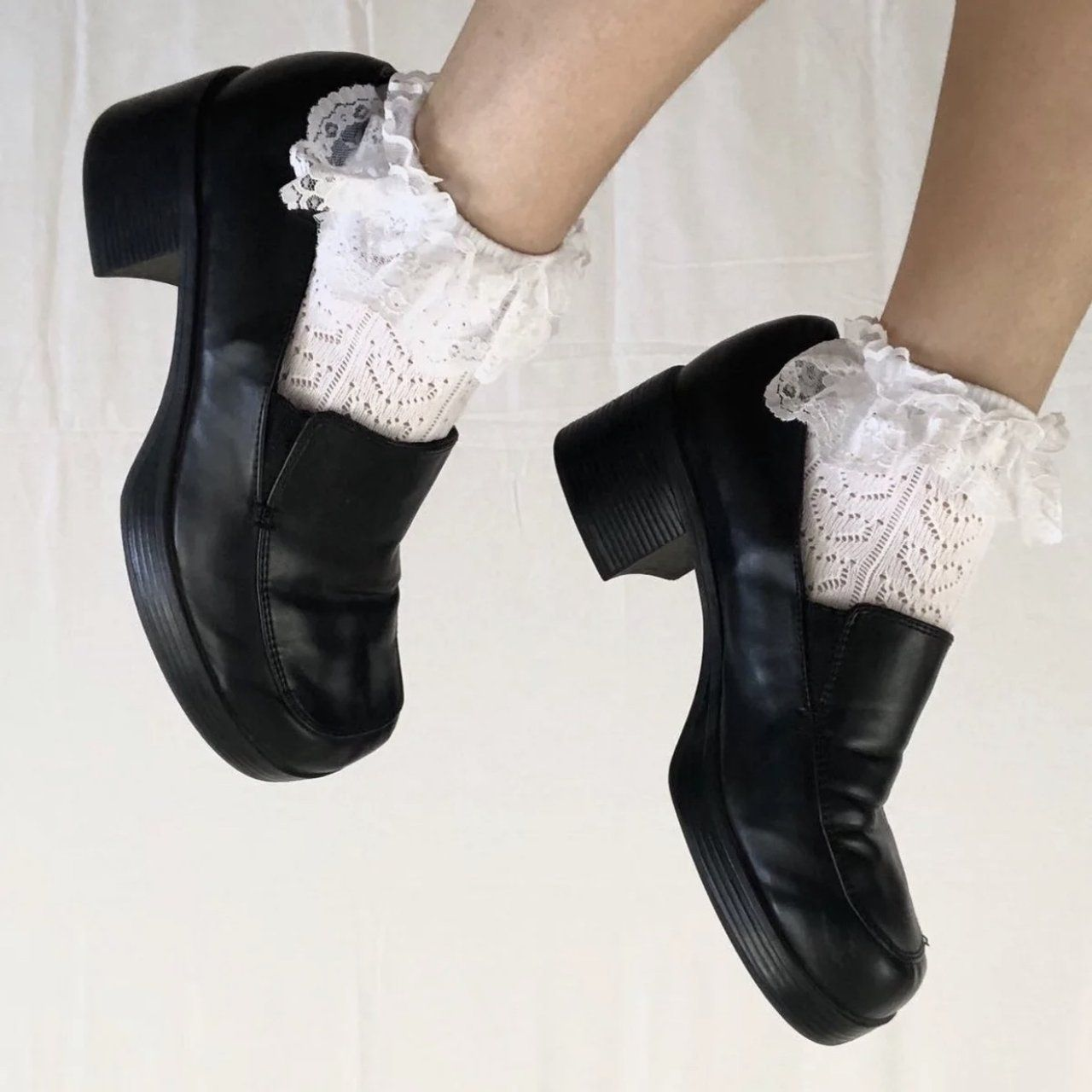 6c11b217a696 vintage black chunky heeled mulesgenuine leatherbrand  Muddsize women s  9.5very good vintage condition!