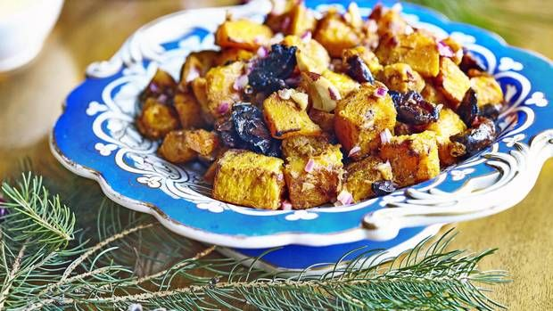 Recipe: Roasted butternut squash with Brazil nuts and dates - The Globe and Mail