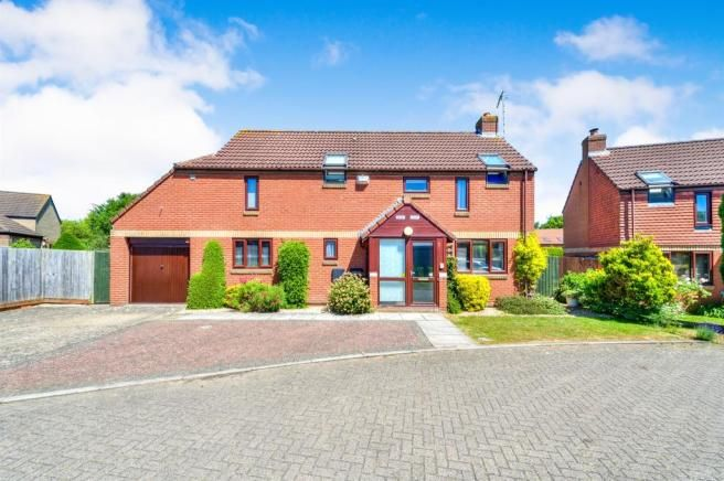 Picture 2 | House styles, Detached house, Property for sale