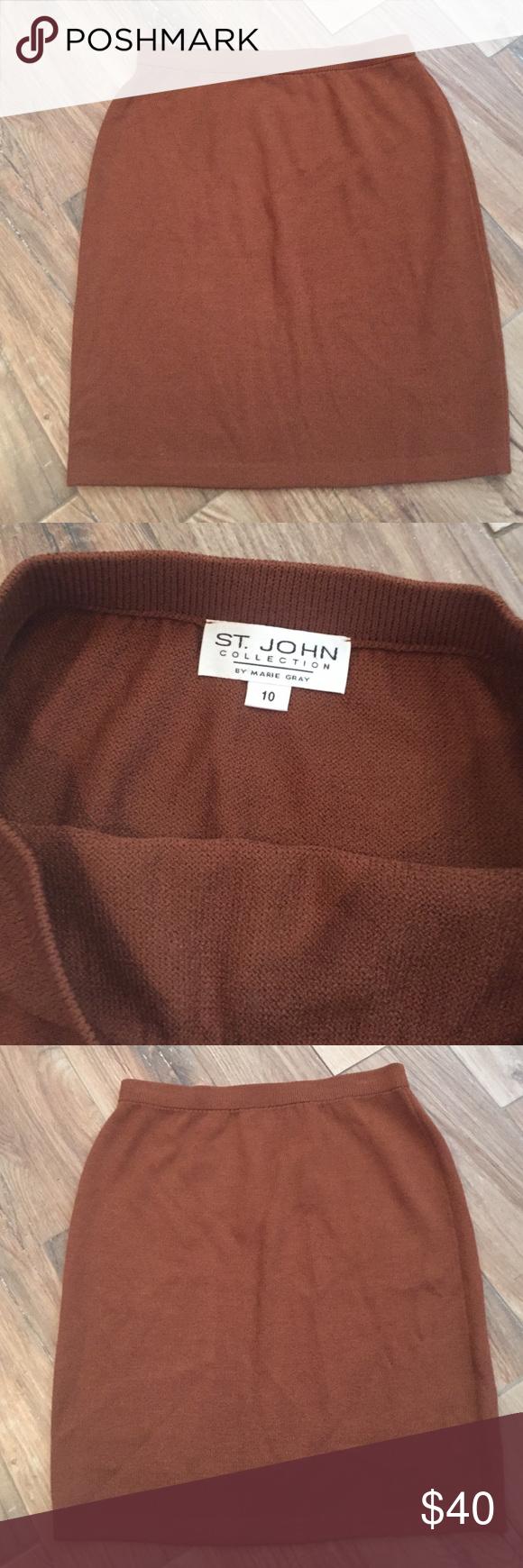 St. John collection Mint condition knit St. John collection skirt. 21.5 inches long St. John Skirts