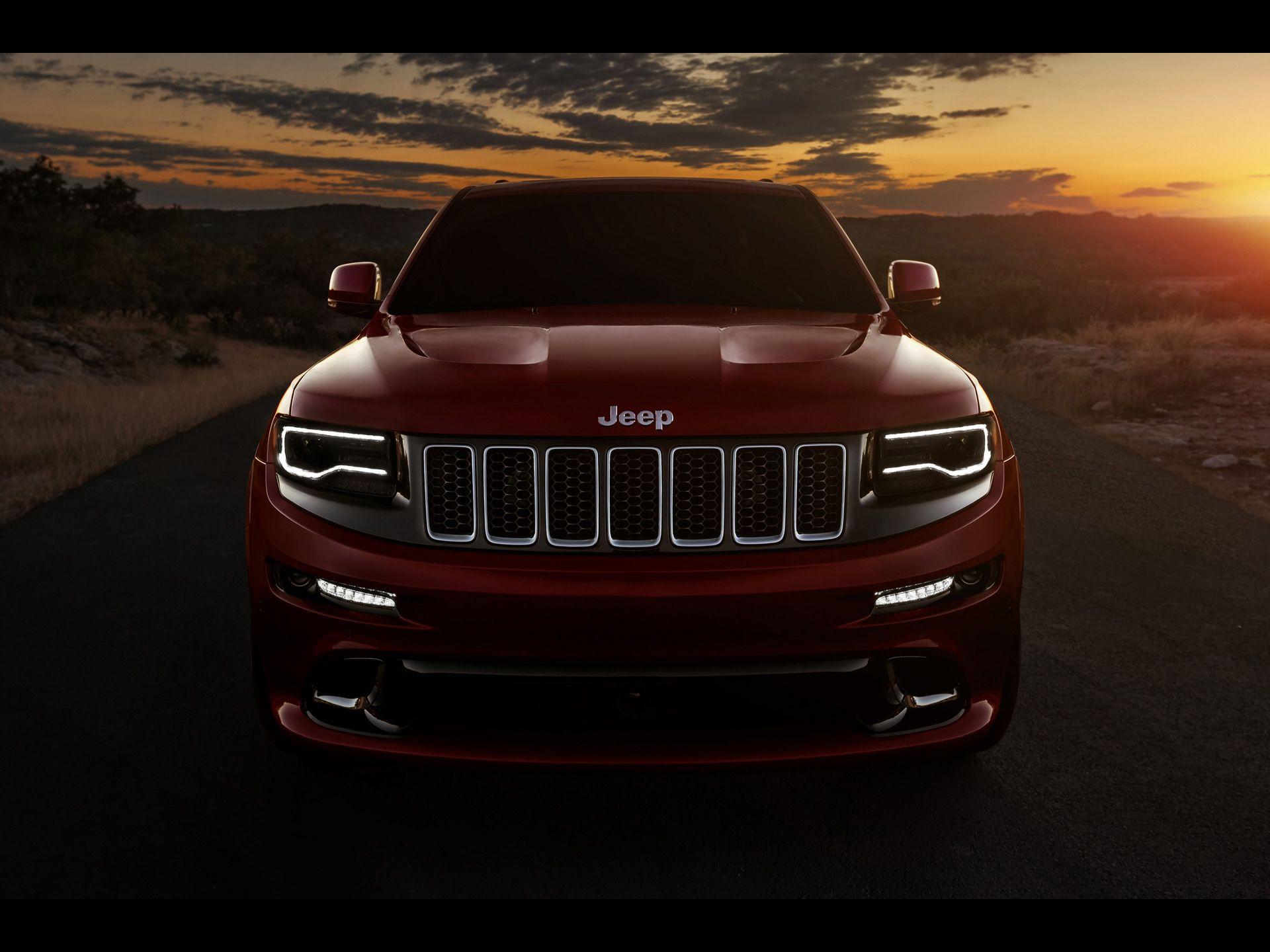 Jeep grand cherokee srt 2014 silnik hemi v8 6 4l 468 km
