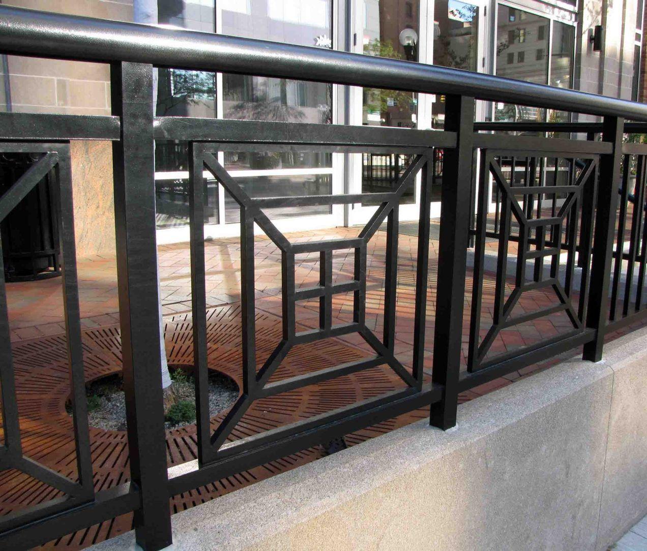 51 Stunning Staircase Design Ideas: Stunning Farmhouse Porch Railing Decor Ideas 51