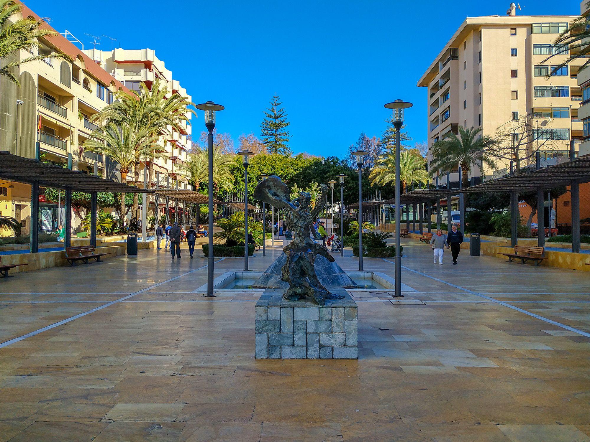 Avenida del Mar, Marbella