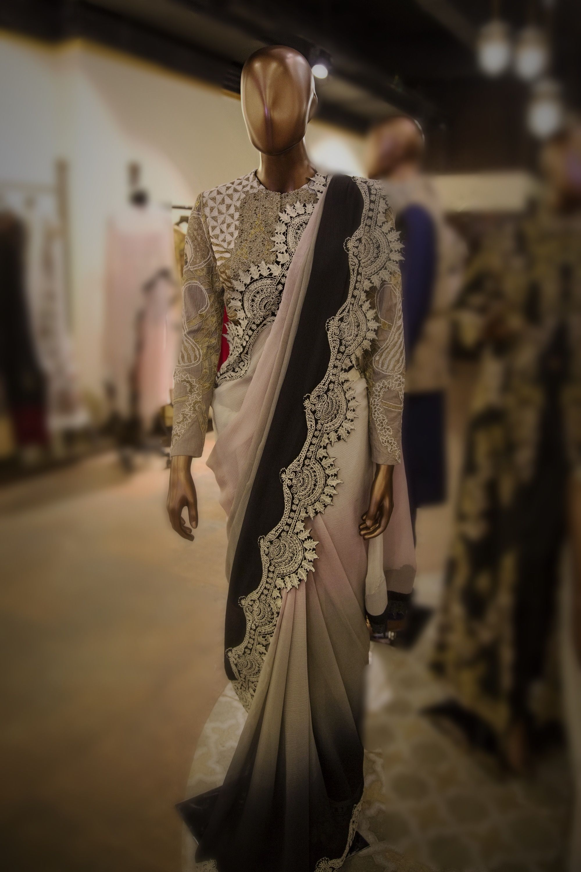 Wedding Sizzling outfits collection by anamika khanna exclusive photo