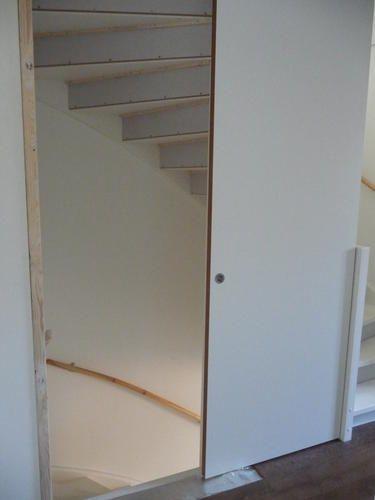 Review open trap naar zolder dichtmaken for Trap plaatsen naar zolder