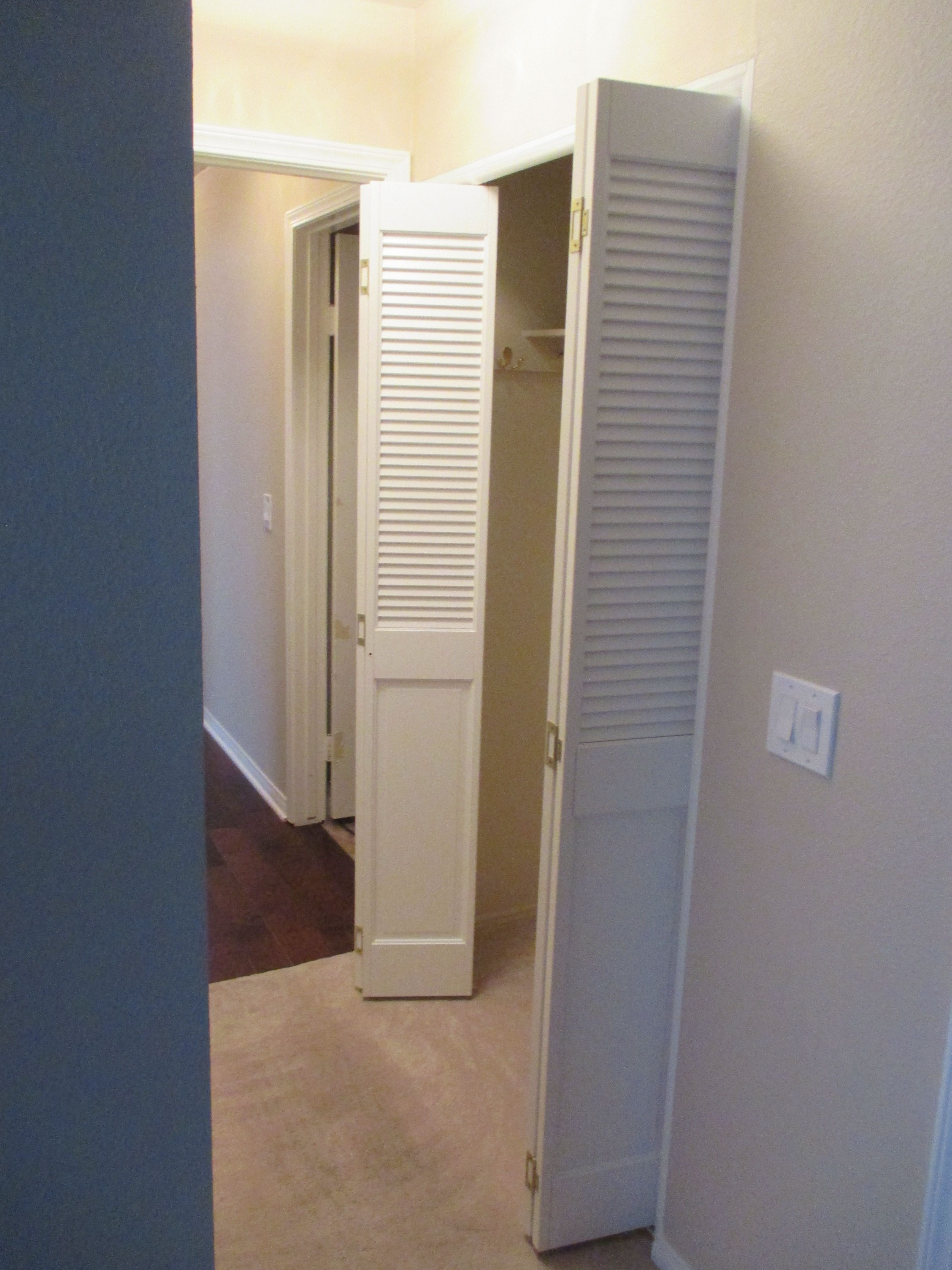 Bi Folding 1 18 Thick Pine Closet Doors Pictured Is The Raised