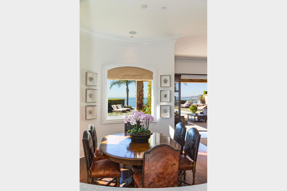 Unique Yolanda Foster Living Room Adornment - Living Room Design ...