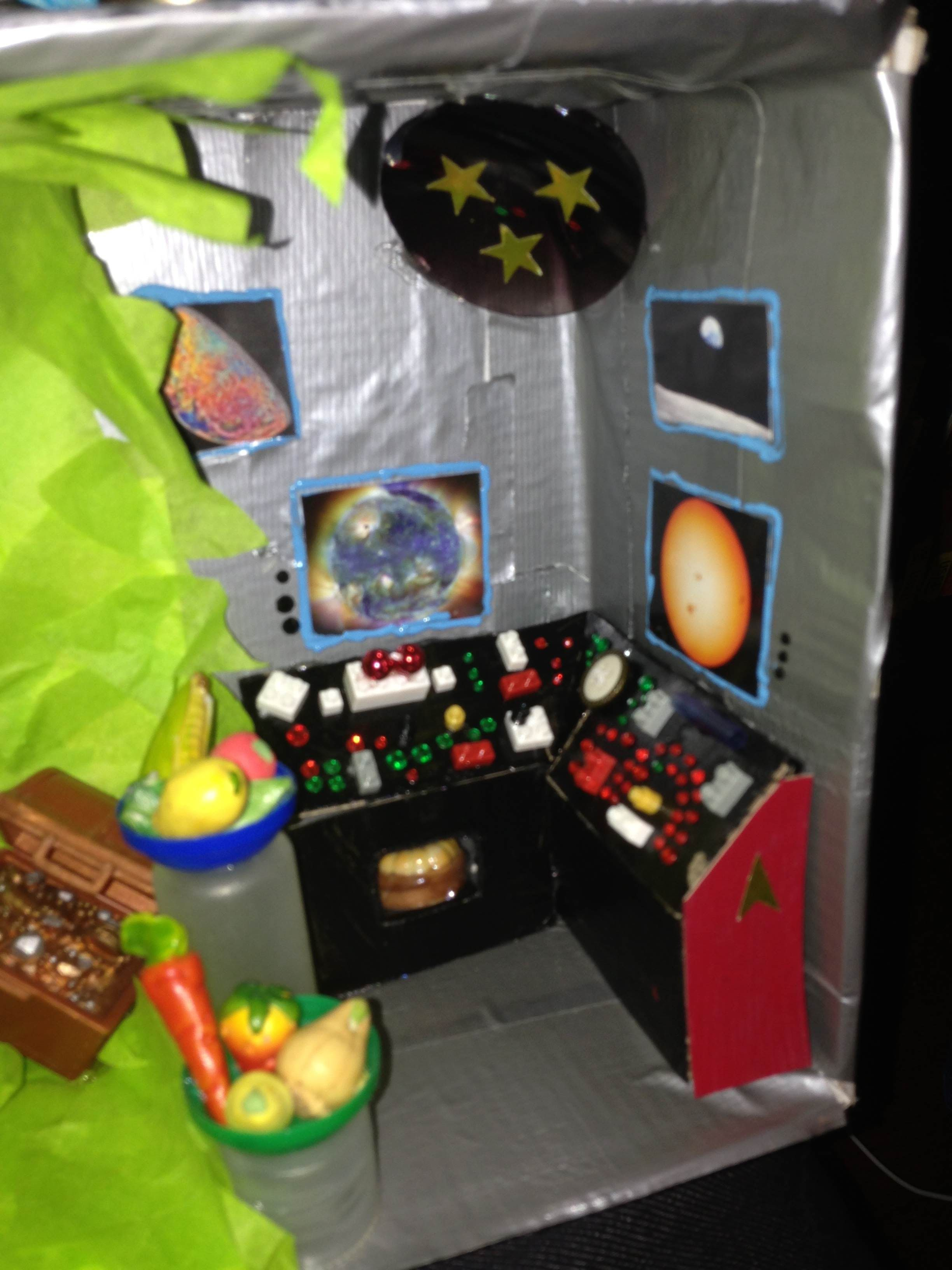 A Star Trek themed kitchen. I was dreading this one so much (I had no ideas) but I finished it in an afternoon! #Dollhouse #StarTrek