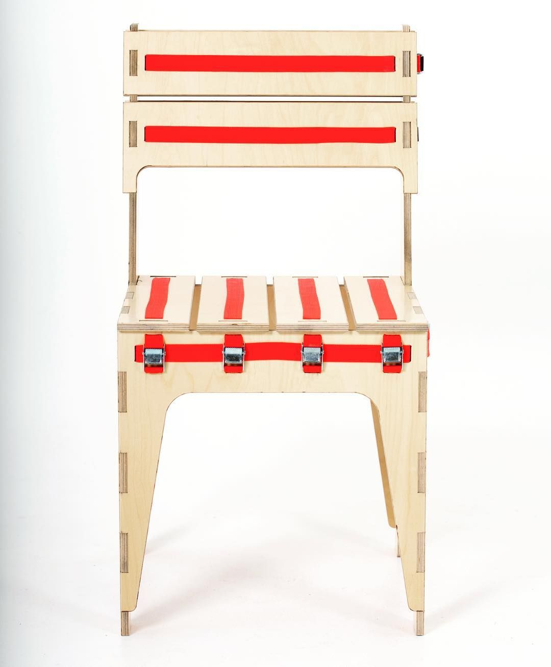 The Strap Chair Flatpack Design Using