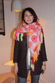 carice van houten beautiful colorful scarf, love it