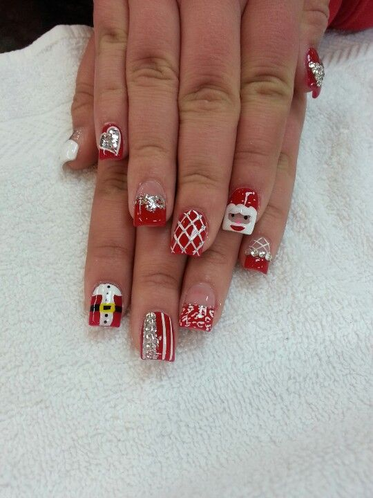 Acrylic Nails With Christmas Designs Nails Art Pinterest Nails