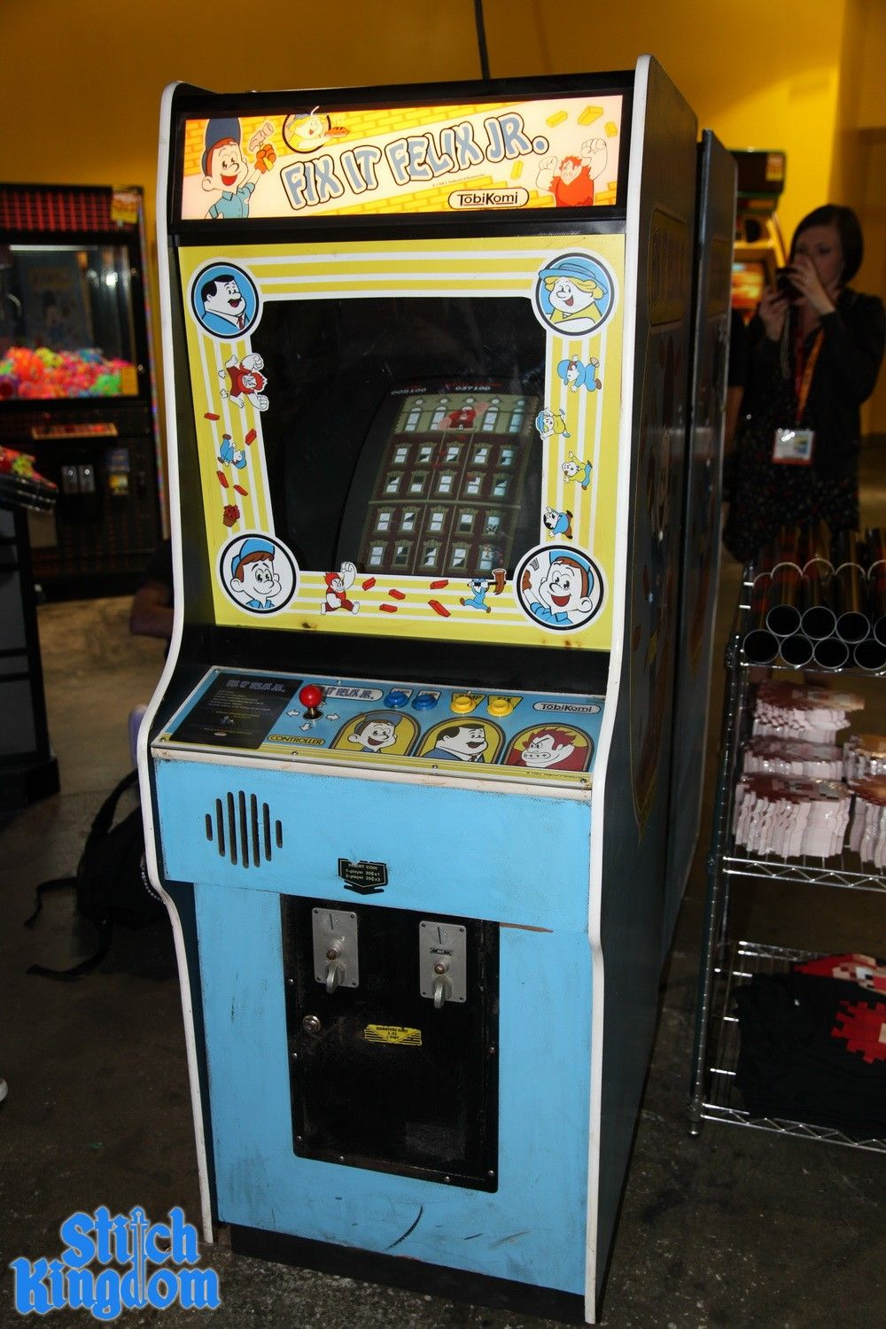Fix It Felix Jr Arcade Machine SDCC: 'Wreck-It Ralph'...