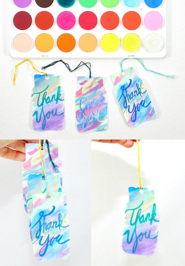 Playing with watercolors - make cute little mason jar gift tags