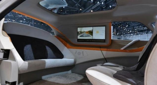 Intérieur de la concept car Link & Go 2.0