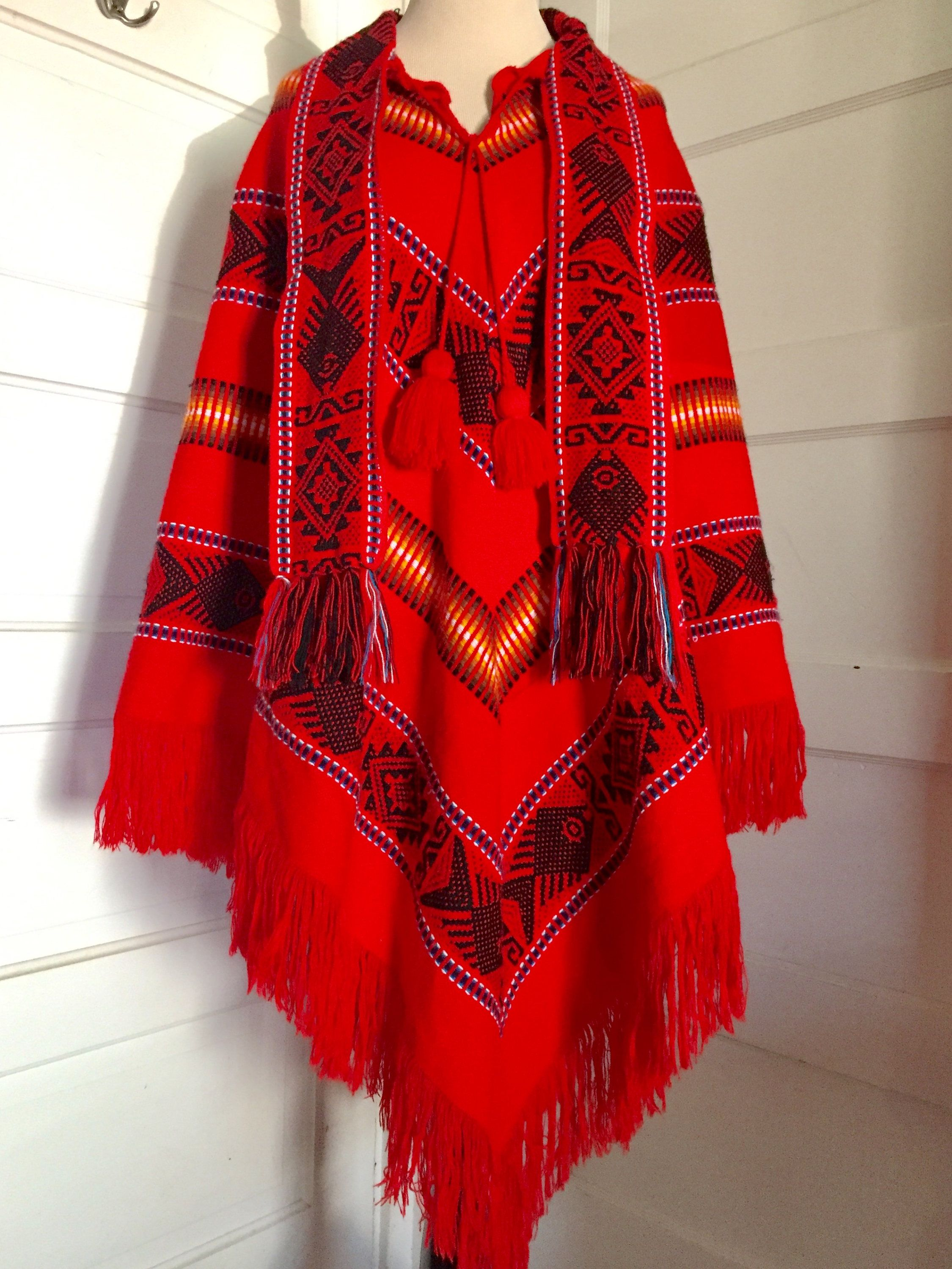 1970\'s Vintage Bright Red Ecuador Indian Arts Ethnic Wool Knit ...