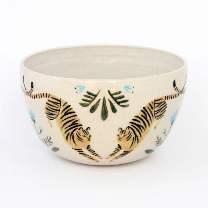 Delightful Ceramics To Keep Company Servies