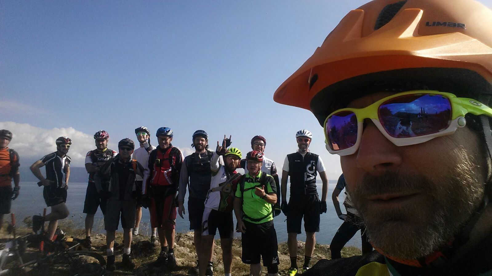 Passione e Professione... RIDE IT! Corso Nazionale per Guide di Mountain Bike 6/9 Aprile 2017 a Finale Ligure (SV) Edizione N.99 Iscriviti subito! http://www.scuoladimtb.eu/guida-modulo-di-iscrizione.html