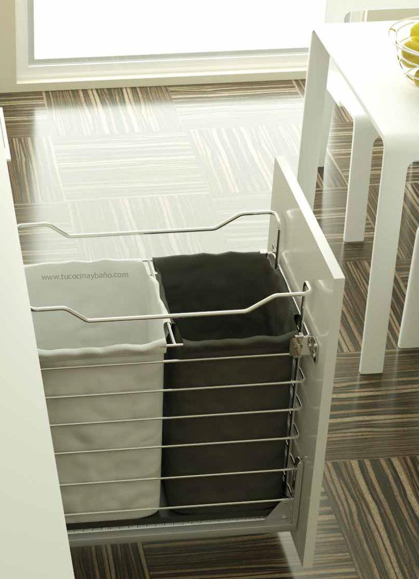 Tolva ropa sucia mueble cocina tu cocina y ba o decoraci n pinterest organizing and - Mueble ropa sucia ...