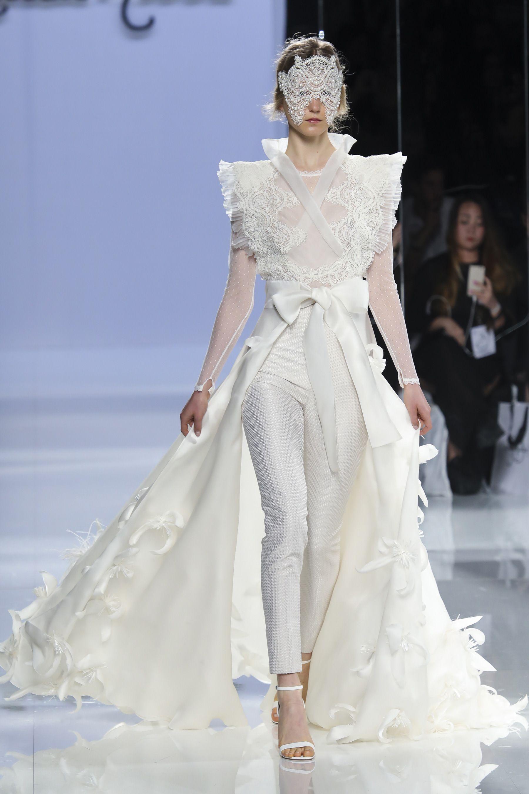 Carla ruiz spring bridal fashion show the impression bridal