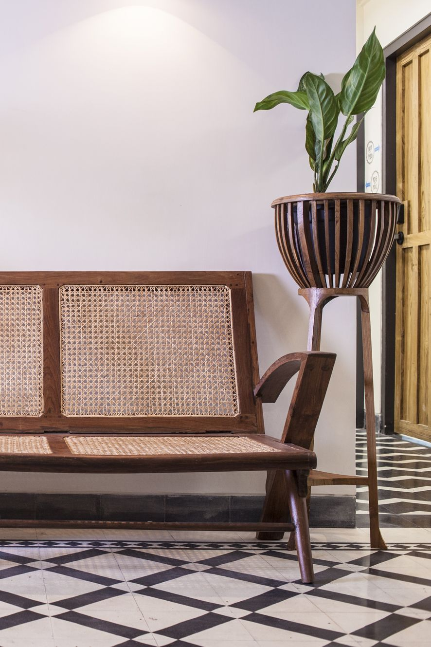 Abode Boutique Hotel - lobby furniture