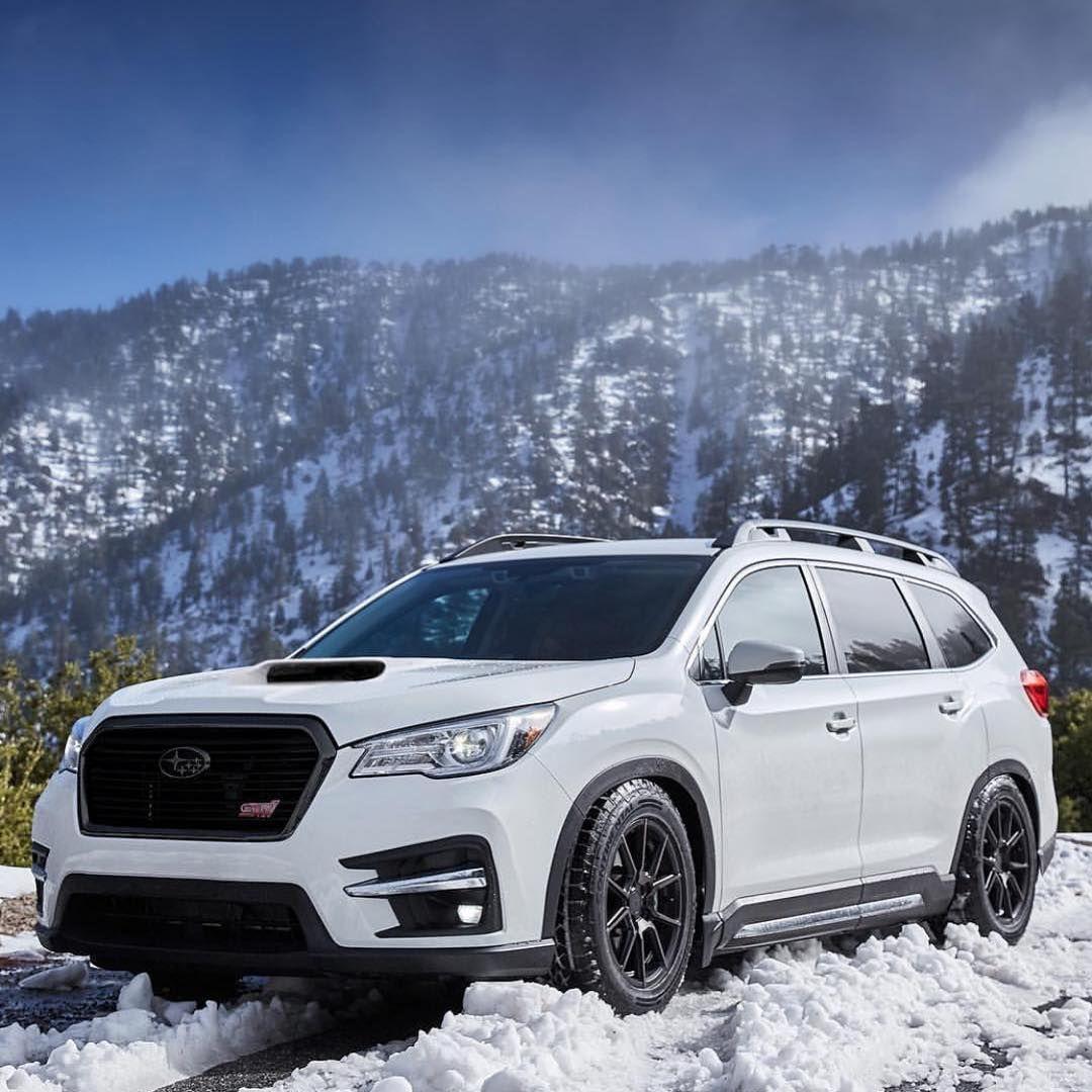A Imagem Pode Conter Ceu Carro Montanha Neve Atividades Ao Ar Livre E Natureza Subaru Suv Subaru Outback Subaru