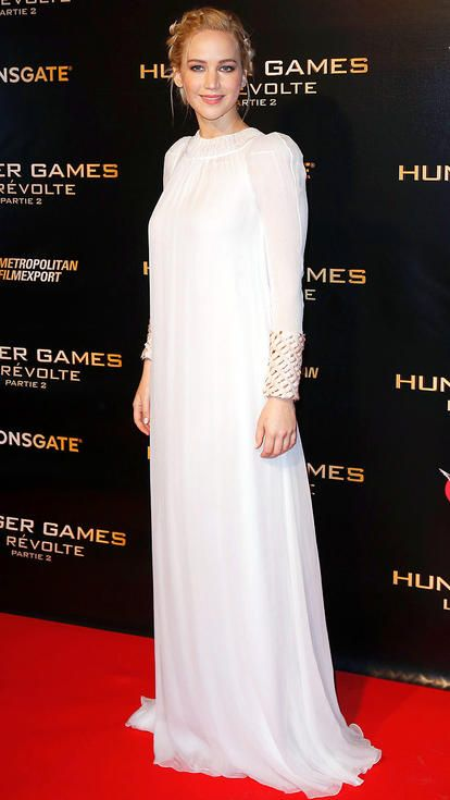 0fcba6de3a Jennifer Lawrence in a white Dior Couture gown
