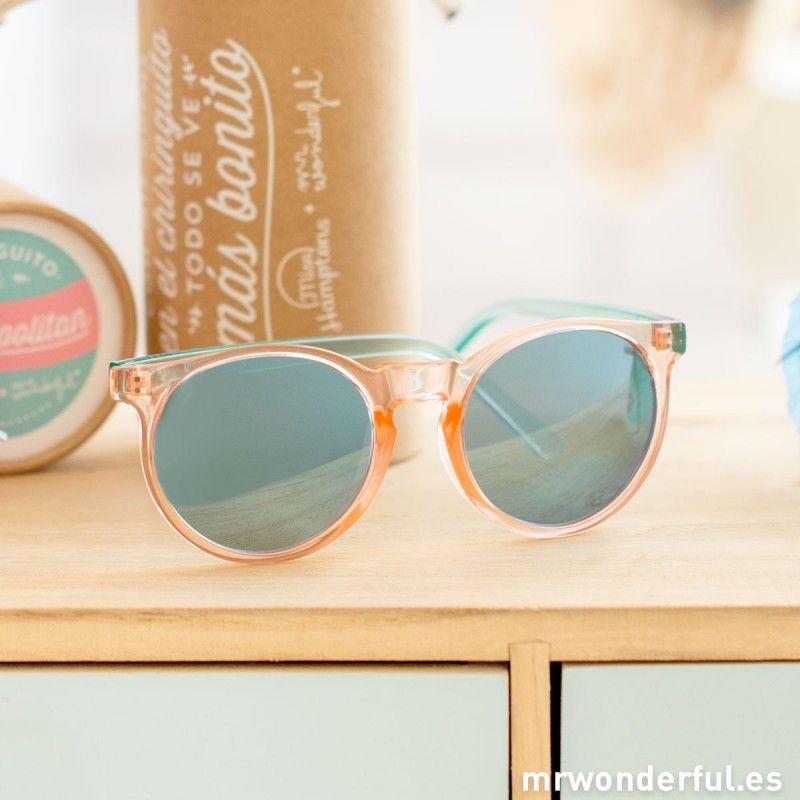 c743a8df74 Gafas Cosmopolitan - Cada día sale el sol | ¡LO QUIERO! | Gafas ...