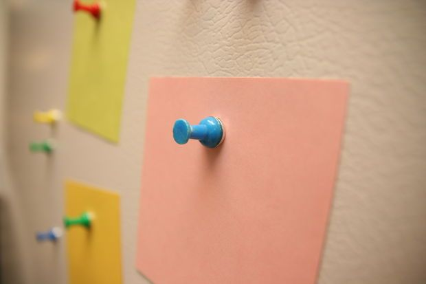 Picture of Magnetic Push Pins