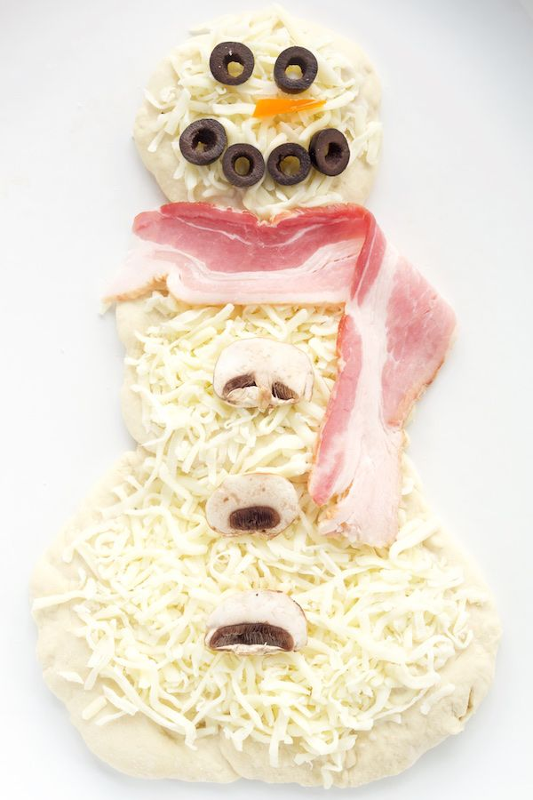 Snowman Pizza Recipe. Perfect for Christmas movie night!