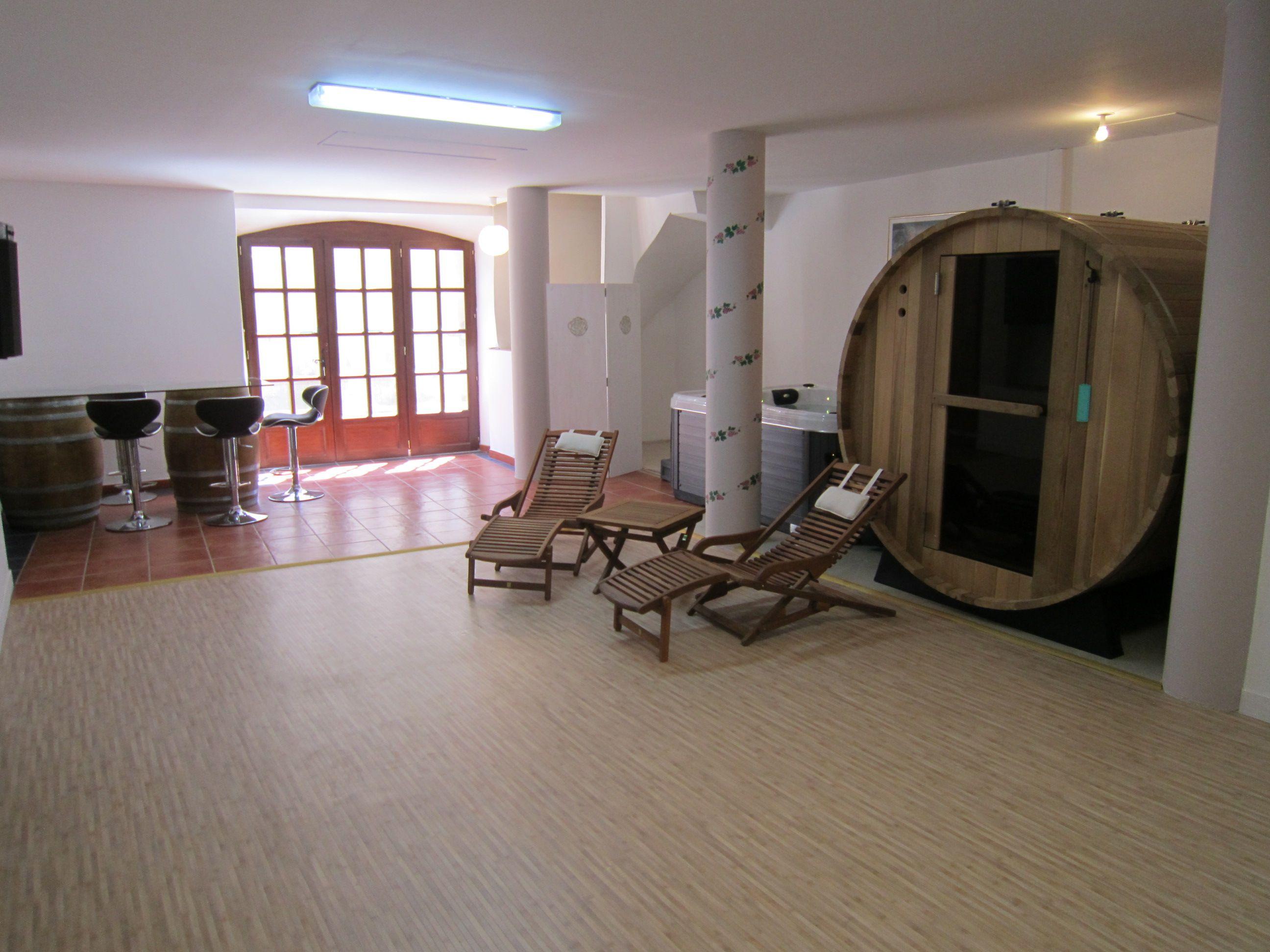 Sauna Hot Tub Jacuzzi 3 rue St Jean Belvedere Quarante