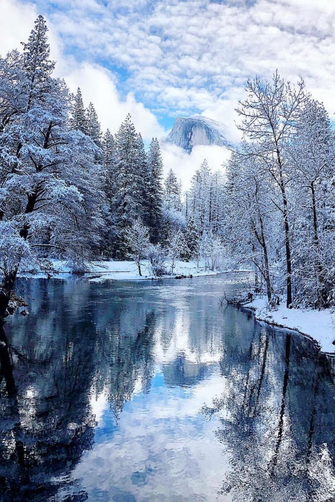 22+ Cool snowy backgrounds Wallpaper