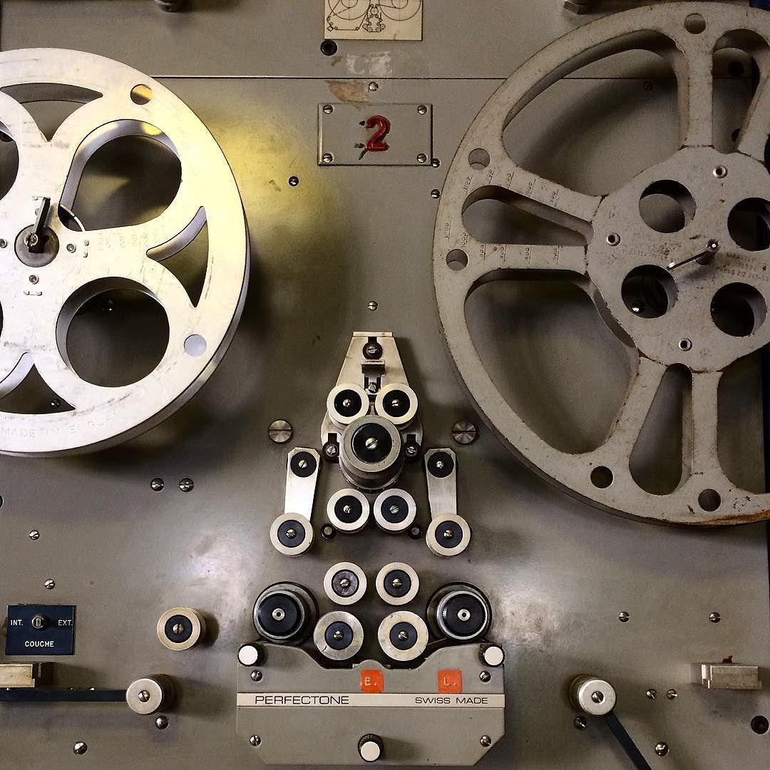 Je sens que le montage vidéo numérique va nous prendre du temps ici... #Marseille #FilmFlamme 'md by urbain_