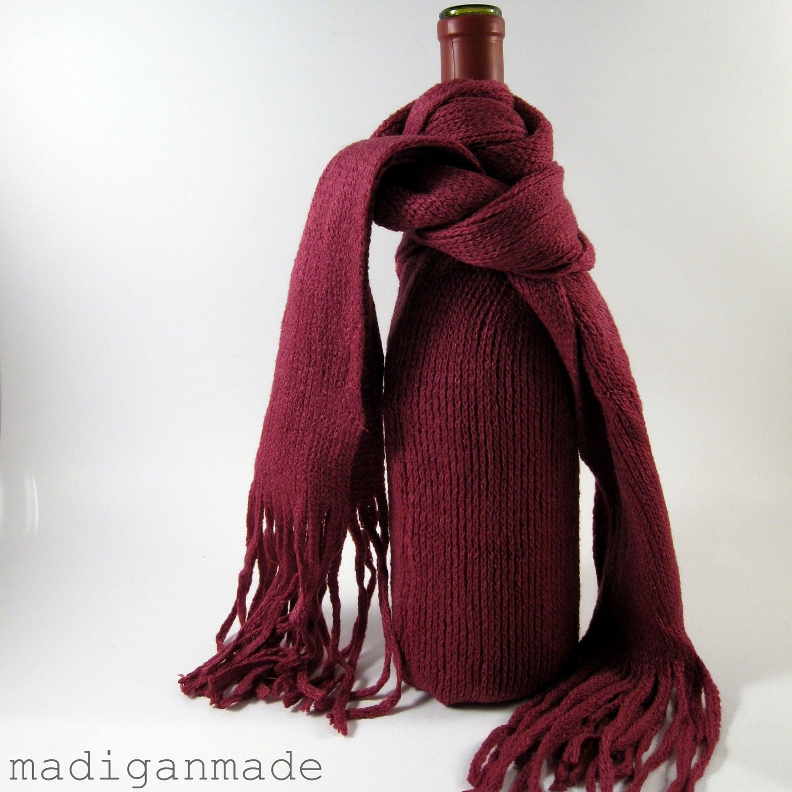 European Children S Fashion Designers Uncork Wine Hues For Fall Winter 14 15 Wine Gifts Diy Easy Hostess Gifts Wine Gift Bag